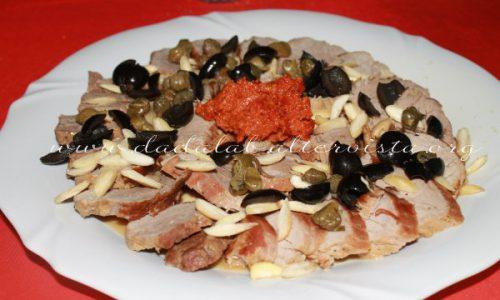 Filetto di maiale con pesto di pomodori secchi