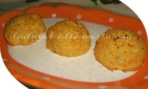 Polpette di carote e patate con salsa tartara