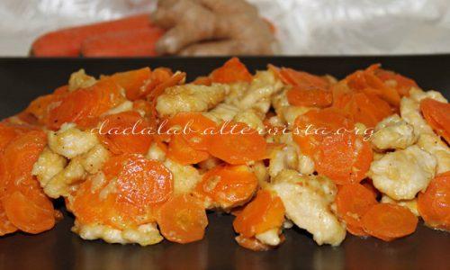 Bocconcini di pollo e carote allo zenzero