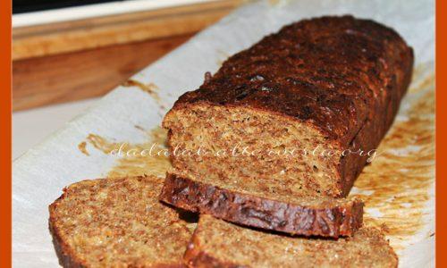 Plumcake alla crusca con miele e Gruyère