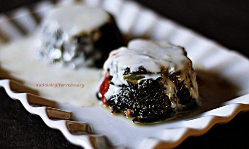 Tortino di cavolo nero con pomodori secchi e crema di Gorgonzola