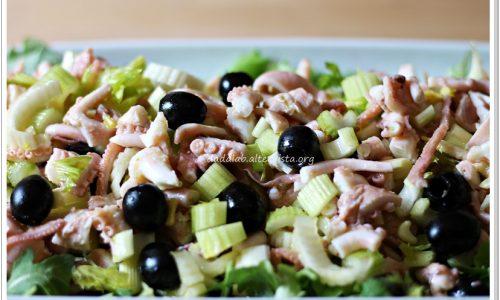 Insalata di moscardini sedano e olive